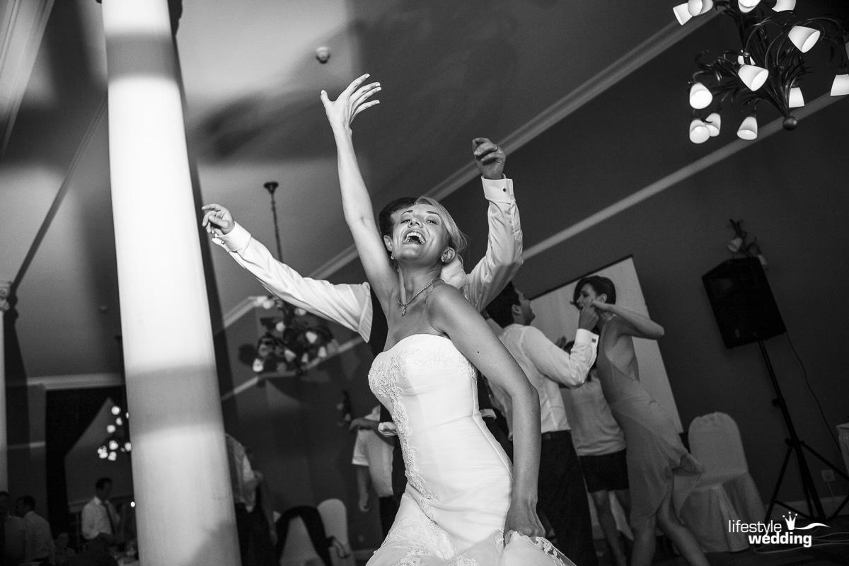 Sportschloss-VelenHochzeit Hochzeitsfotograf Alexander Arenz - Lifestylewedding